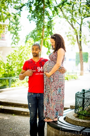 Pregnancy Shoot in Paris by 1Chapter Photography 13