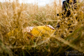 our-prengrancy-in-the-fields-by-1chapter-photography-6